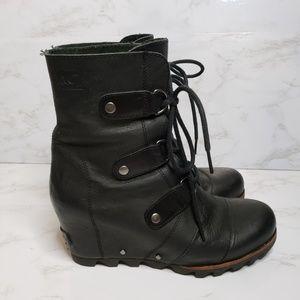 Sorel Joan of Arc Black Wedge Boots Size 8